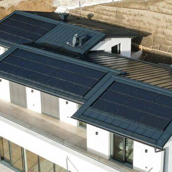 Indach Photovoltaik Essl-dach.at web