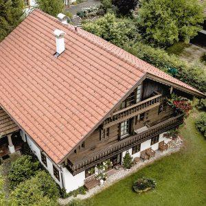 Dachsanierung Ziegel Bauernhaus essl-dach slider