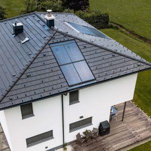 EFH Dach Photovoltaik essl-dach slider2