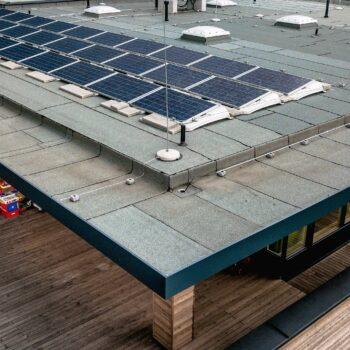 Kindergarten Flachdach Photovoltaik essl-dach (2) slider